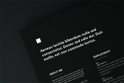 free-document-close-up-mockup