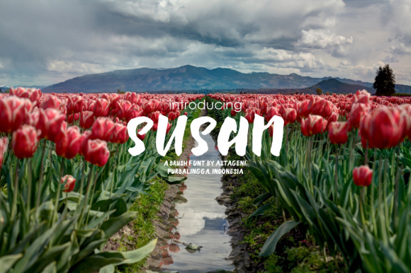 Susan Brush Free Typeface