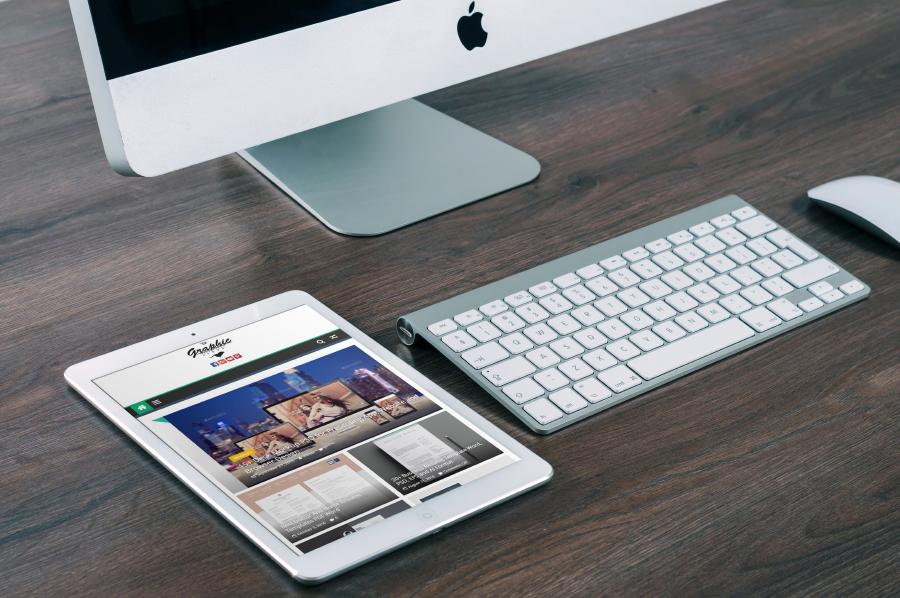 Free iPad PSD Mockup Collection