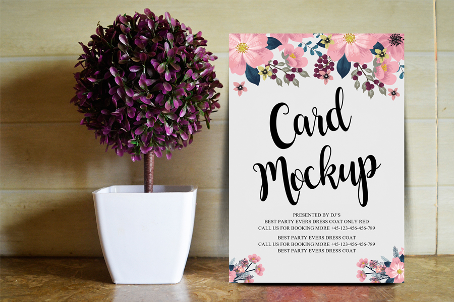 Free Floral Card PSD Mockup